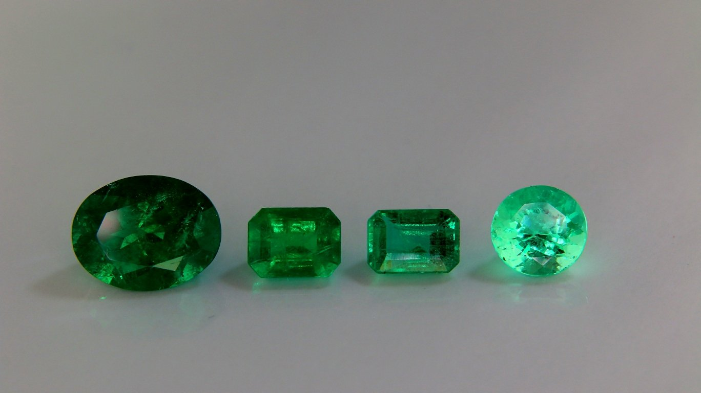 benefits emerald noteworthy gemstone wearing an surprisingly stone of